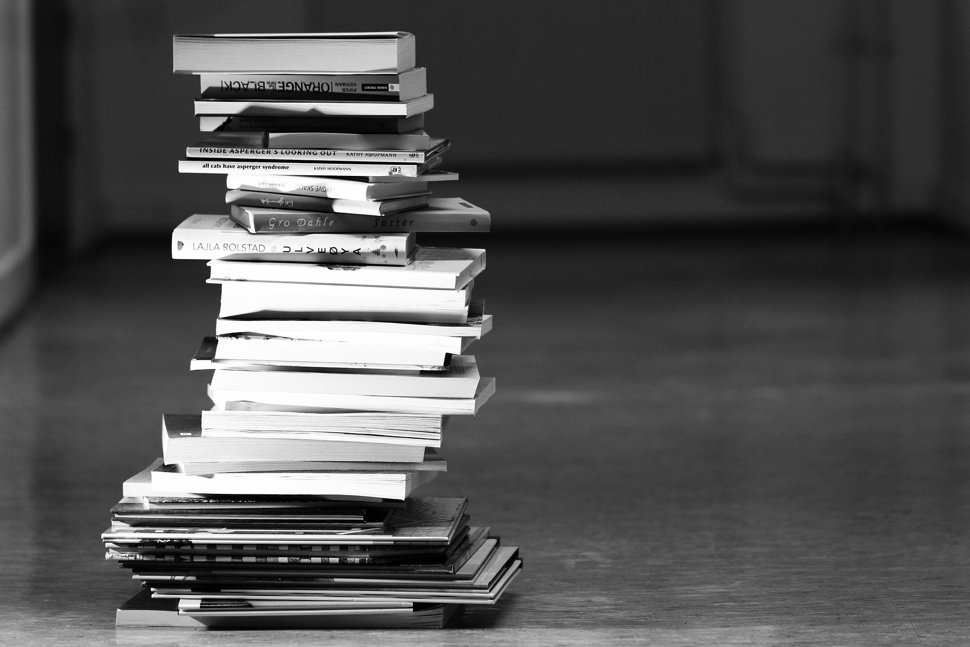 books-2300910_1920